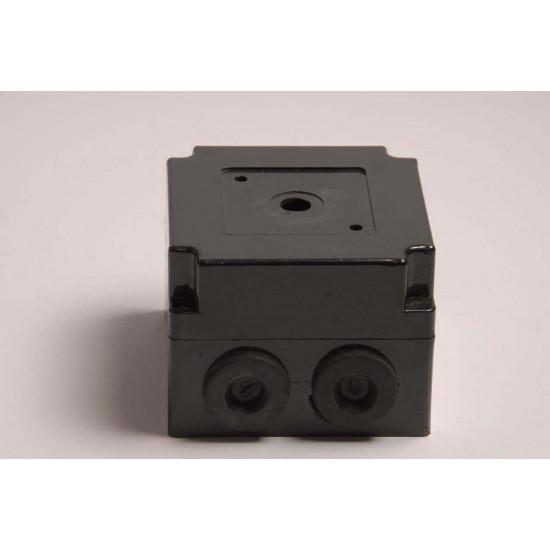 Kutija za grebenasti prekidač 10A niska